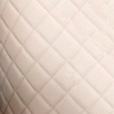 Перфорированная кожа кремовая (тройная строчка)