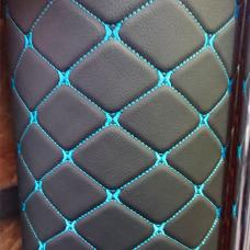 Экокожа ПВХ ромб черная (синяя стежка)